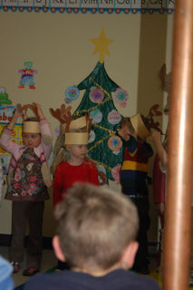 2008 12 19_Keegan_Christmas_Party_0027
